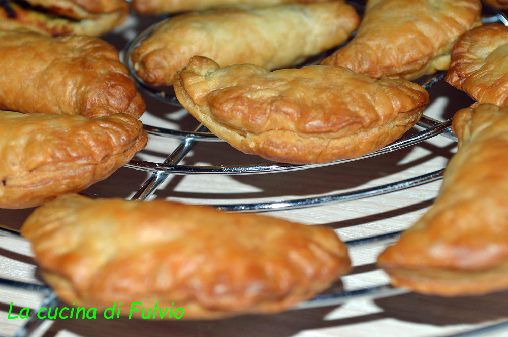 I curry puff, sfogliatine orientali al curry